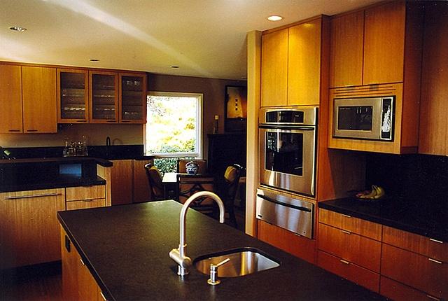 Cedar Hills--Kitchen