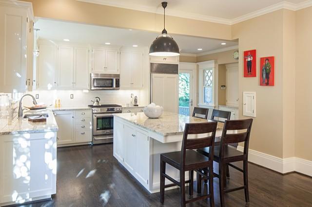 Southwest Hills--Kitchen