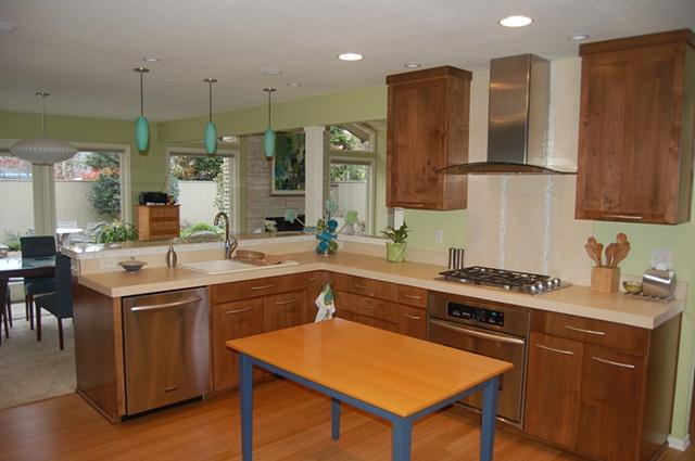 Vista Hills--Kitchen