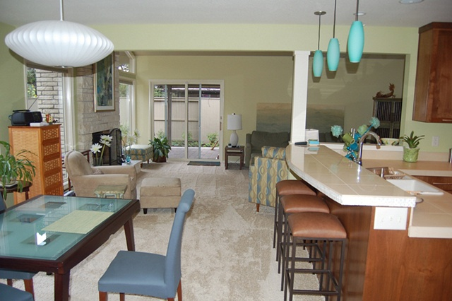 Vista Hills--Dining Room