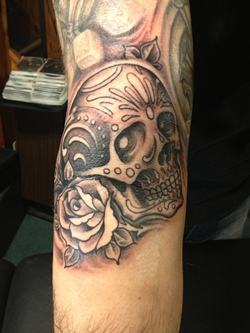 black and gray dia de los muertos sugar skull and roses, Provincetown tattoo, Cape Cod tattoo, Ptown tattoo, truro tattoo, wellfleet tattoo, custom tattoo, coastline tattoo