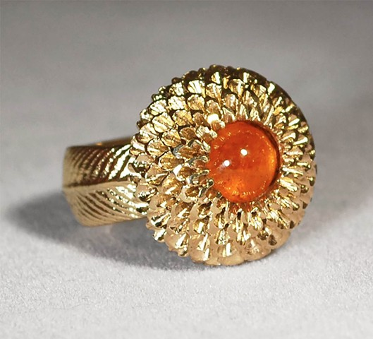 Gold and Spessartine Garnet Chrysanthemum Ring
