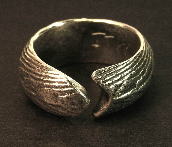 silver cuttlefish cast ring