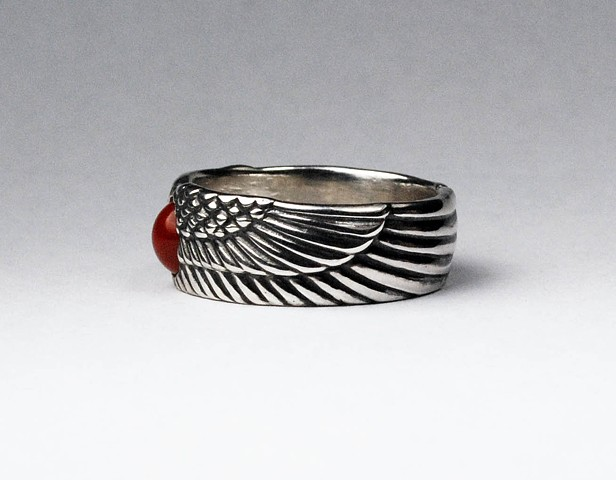 Winged Sune Disk Ring