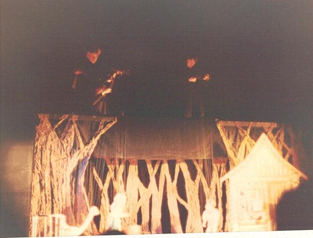 Hansel and Gretel - bridge shot