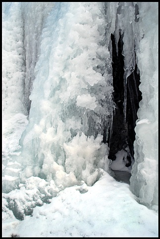 Ice fall, Maine