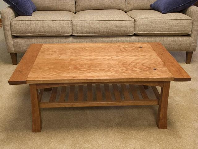 King coffee table 1
