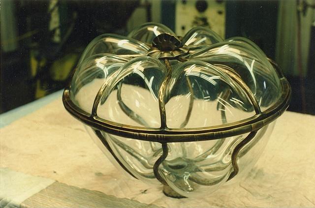 Caviar display bowl