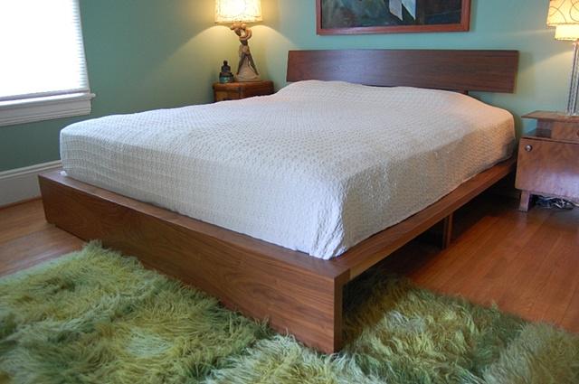 bed - walnut