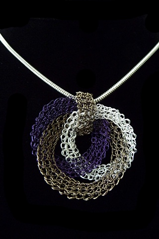 Jane's Paper Chain Pendant
