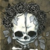 mini memento mori - black roses