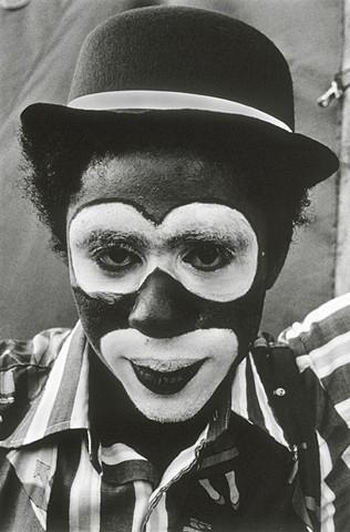 circus, circus toronot, circuses, black and white, photography, photojournalism, documentary, documenting circuses, tented circus, circus animals, behind the circus acrobats