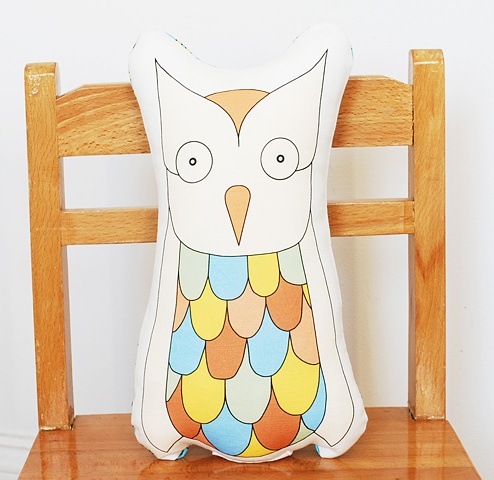 printed owl pillow