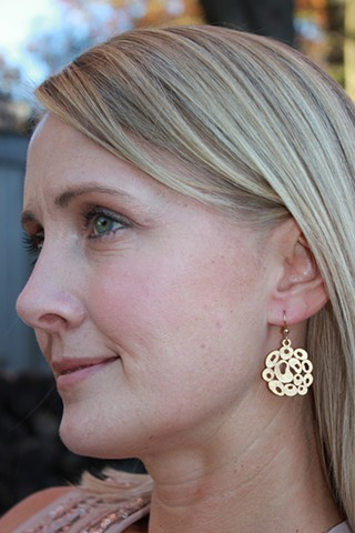 Matte Gold Round Filigree Earrings