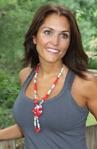 Red Coral Chip & White Bead Necklace