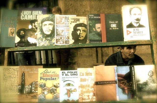 Open-Air Book Stall, Plaza de Armas