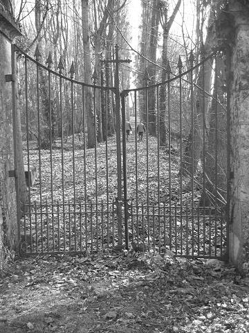 bw abbey big gate