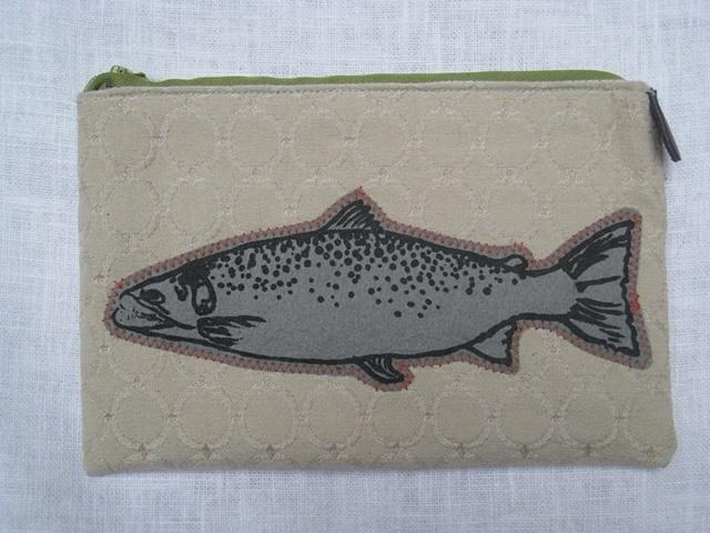 salmon pouch