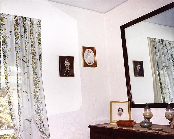 FFG / bedroom