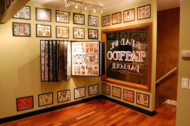 Read Street Tattoo Parlour - Lobby.
