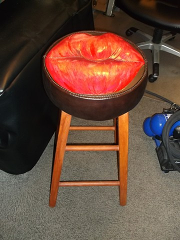 Fixed Lip Stool Cushion