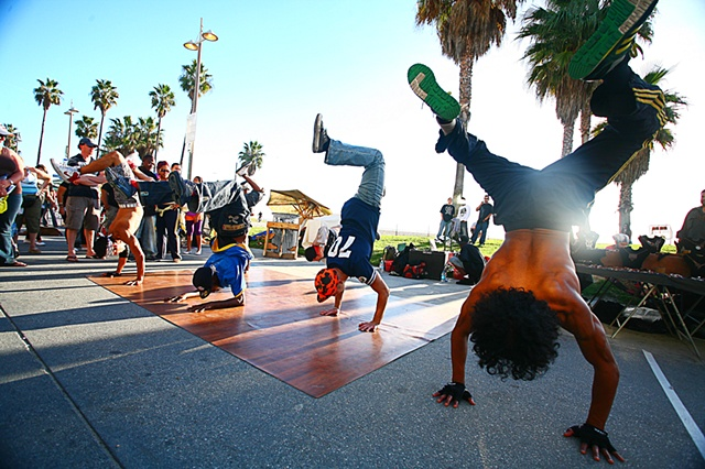 venice beach break dancing