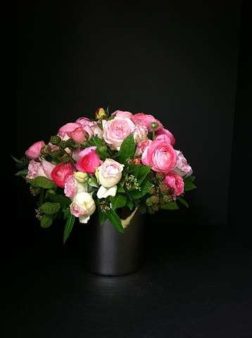 pink garden roses and raspberry centerpiece