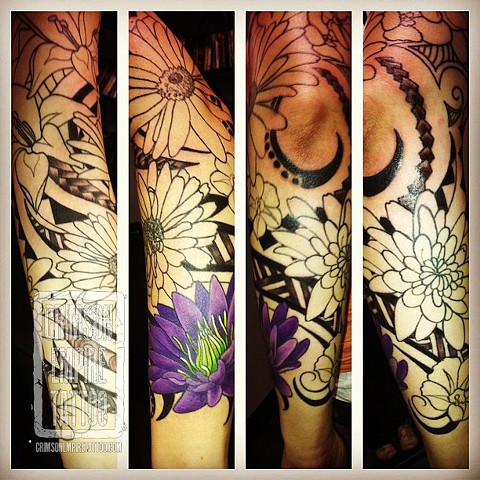 Flower swirl sleeve on arm by Jessica Alther. Follow Jess @jessalther