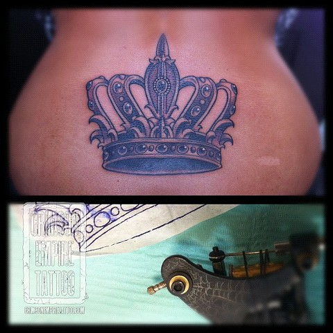 Crown on lower back by Curt Semeniuk