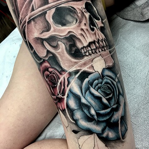 Colour Skull and Roses Thigh Tattoo