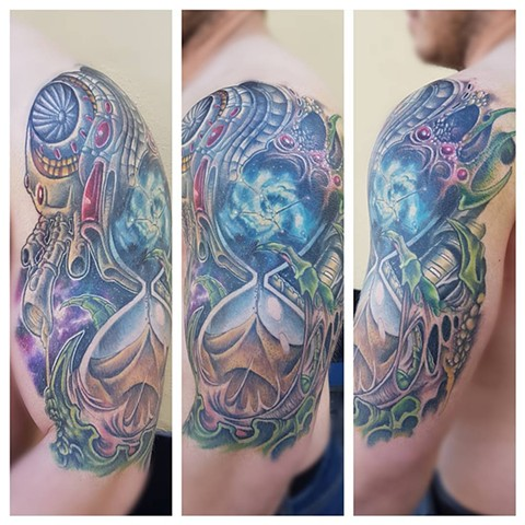 Bio-Mechanical Space Theme Hourglass Tattoo By Kevin Color Crimson Empire Tattoo - 05.2017