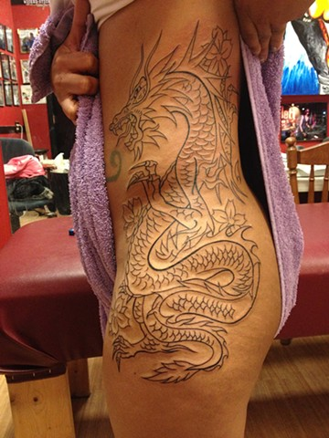 A little Dragon outline ,,,, soon to be colored.