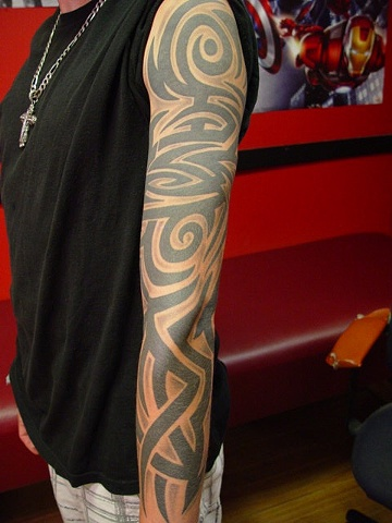 A little freehand tribal ,, worked off the armband.