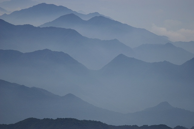 Blue Mountains (Yellow Mountains, Anhui Provence, China)