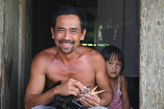 Sharpening talons, Phillippines