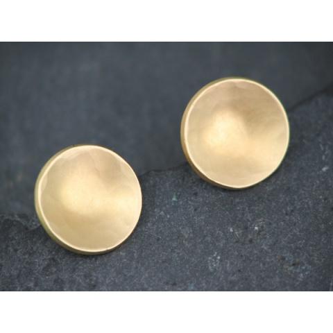 Gold Saucer Studs