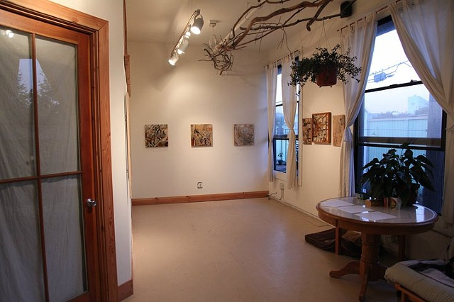 branches gallery, show installed