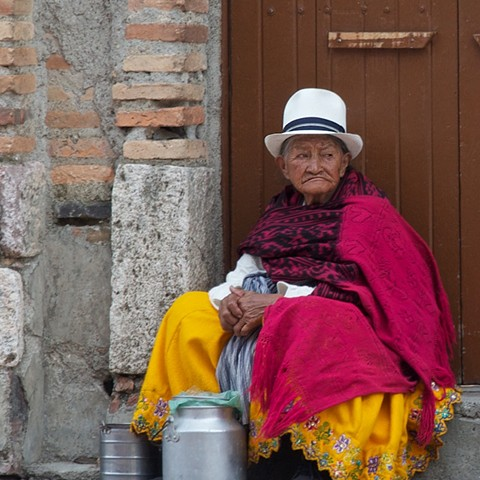 Women from Cuenca, Ecuador