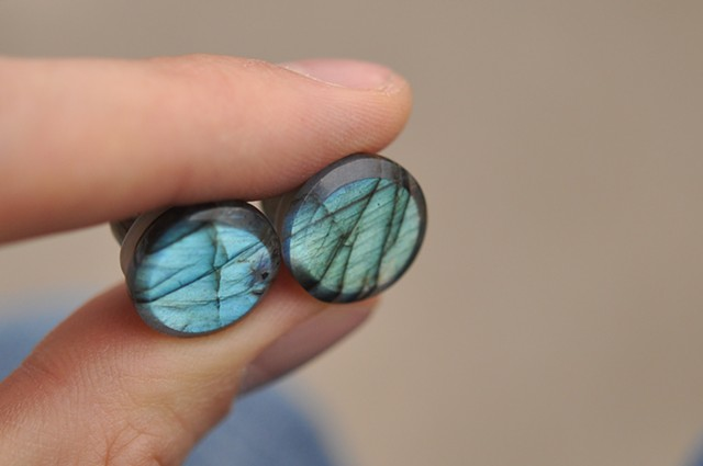 "7/16"" Labradorite Single Flares"