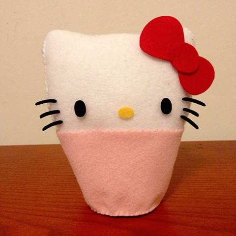 Hello Kitty 40th Anniversary Plush Cupcake Workshop