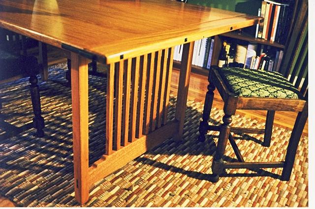 Craftsman dinning table detail