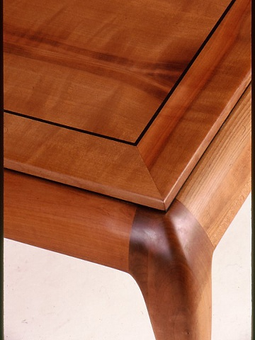 Madrone Coffee table, detail