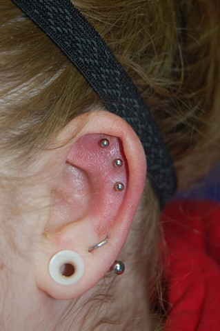 Triple upper ear