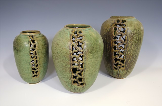 Filigree, vases, cutout