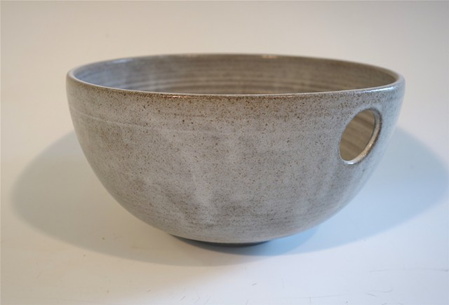 Bowl, with hole to hang or for the thumb, 5.5 x 8.5.