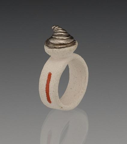 """Plop Ring"""