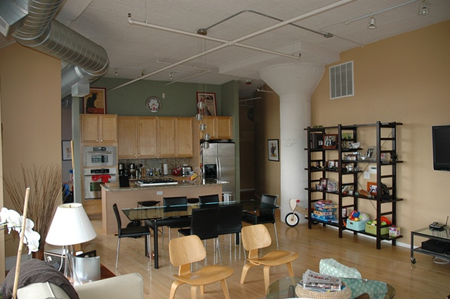 living/dining/kitchen Unit 816