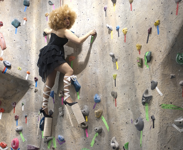 Tyra Mail, Rock Climb