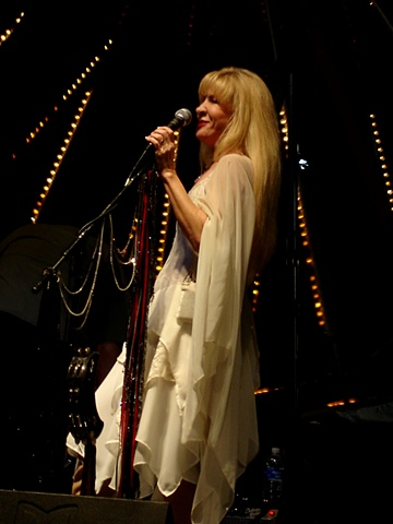 Belladonna - Stevie Nicks tribute band lead vocalist, Michelle