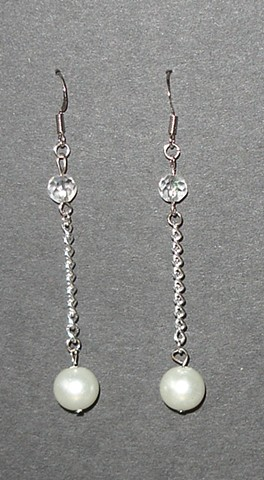 Pearl and Chain drop earrings